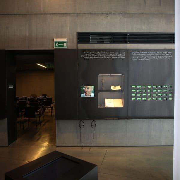 Realizacja projektu wnętrz Muzeum w Markowej 5