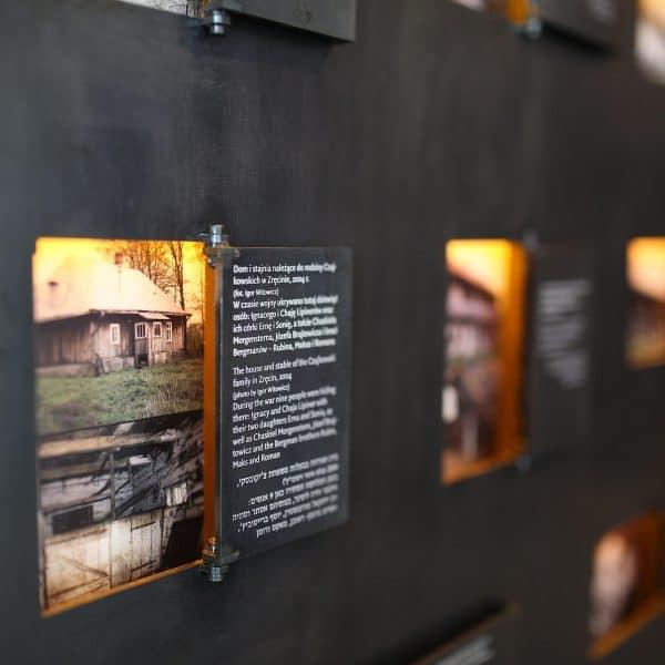 Realizacja projektu wnętrz Muzeum w Markowej
